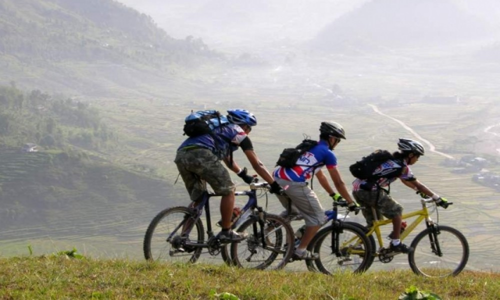 MOUNTAIN BIKING IN KATHMANDU VALLEY AND NEPAL