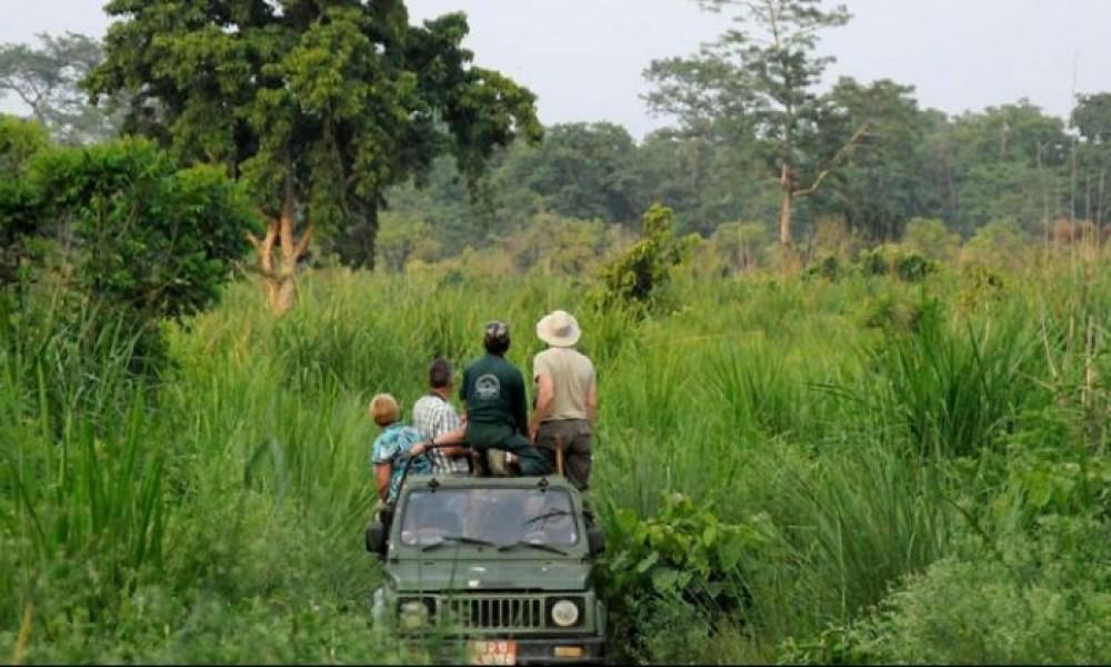 Two Nights 3 Days Chitwan Jungle Safari Tour with Kathmandu.